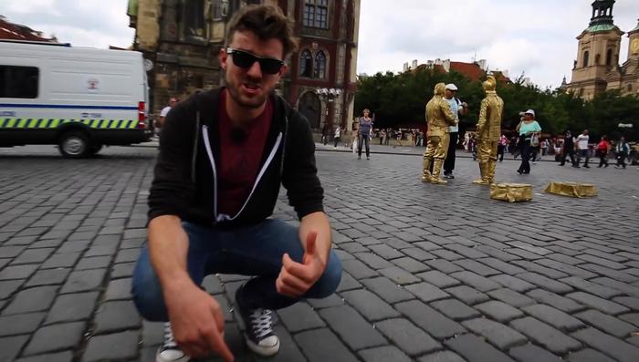 Девять способов обмануть туриста в Праге.