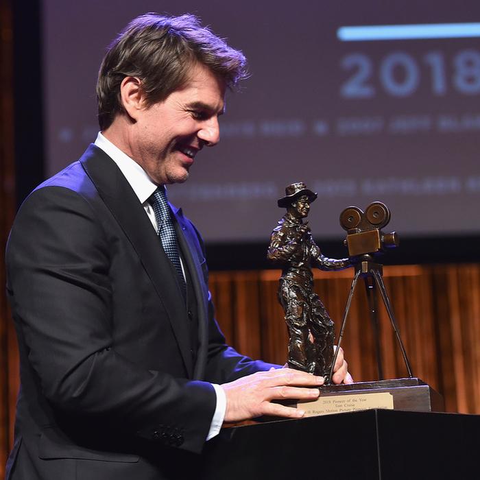Том Круз получил награду Pioneer of the Year Том Круз, Pioneer of the Year, Награда