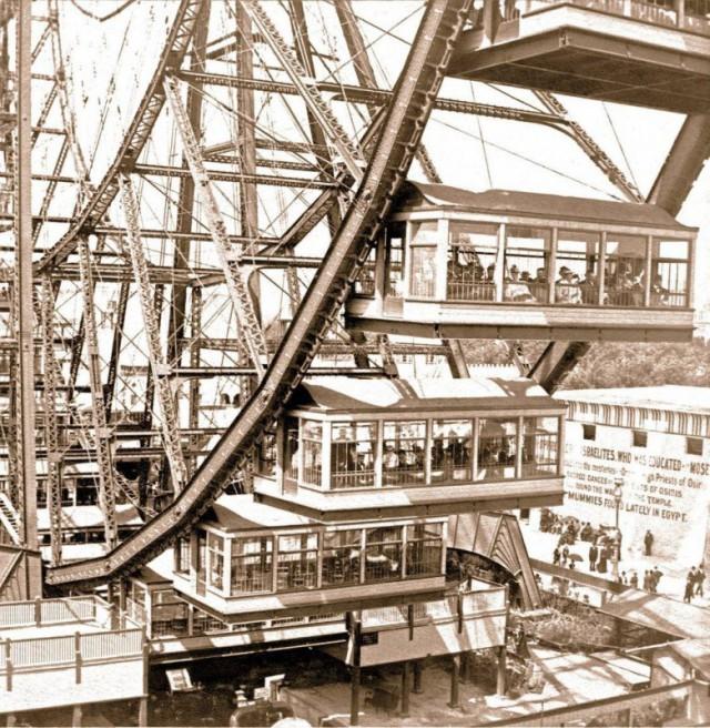 Суперколесо обозрения могло одновременно катать 2160 пассажиров, 1893 год.
