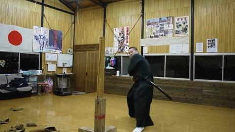 Хорошие мечи в кривых руках Холодное оружие, Меч, Катана, Тамэсигири, Тренировка, Гифка, Видео, Длиннопост