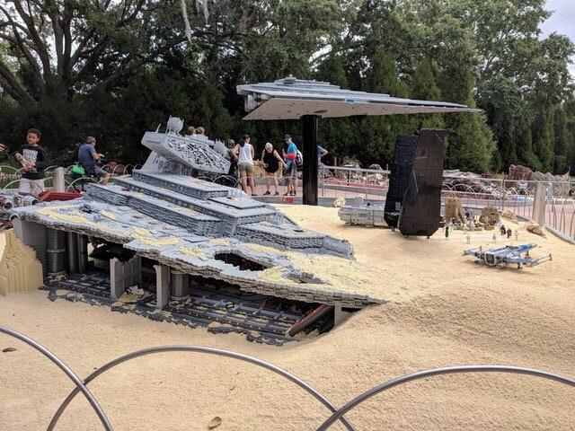 Инсталляция Джакку в LEGOLAND Lego, Инсталляция, Джакку, Звездные войны VII, Флорида, Imgur, Длиннопост, Star wars