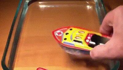 Кораблик. Винтажная игрушка, Термодинамика, Паровой двигатель, Лодка, Гифка, Видео