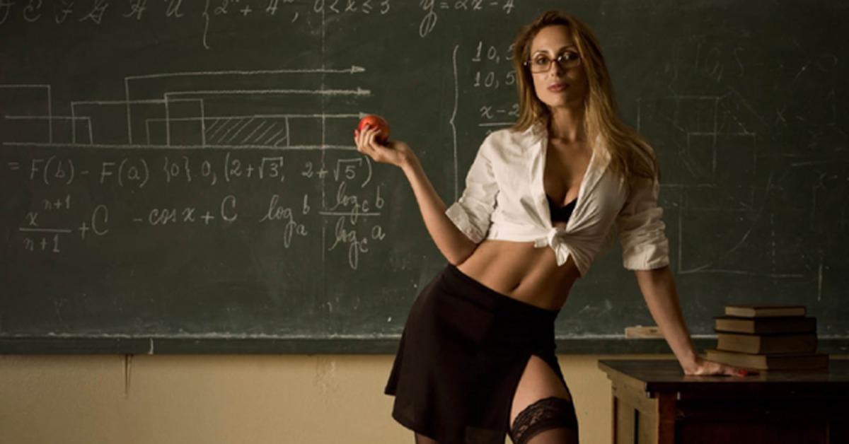 Порно учительки учеником