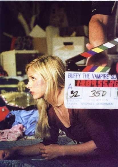 """На съемках знаменитого сериала 90-х """"Баффи - истребительница вампиров"""": Баффи, Вампиры, Сериалы, Съемки, 90-е, Грим, Ностальгия, Прошлое, Длиннопост"""