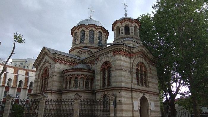 Какая-то церковь. Церковь, Фотография, Пасмурно