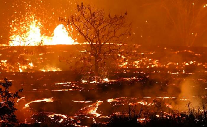 Выглядит как фото из ада, но это сказочные Гавайи.