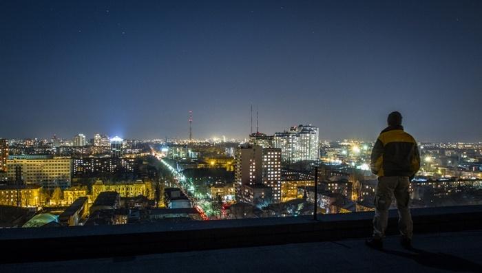 Вечерний вид на город. Смысл жизни, Лига психотерапии