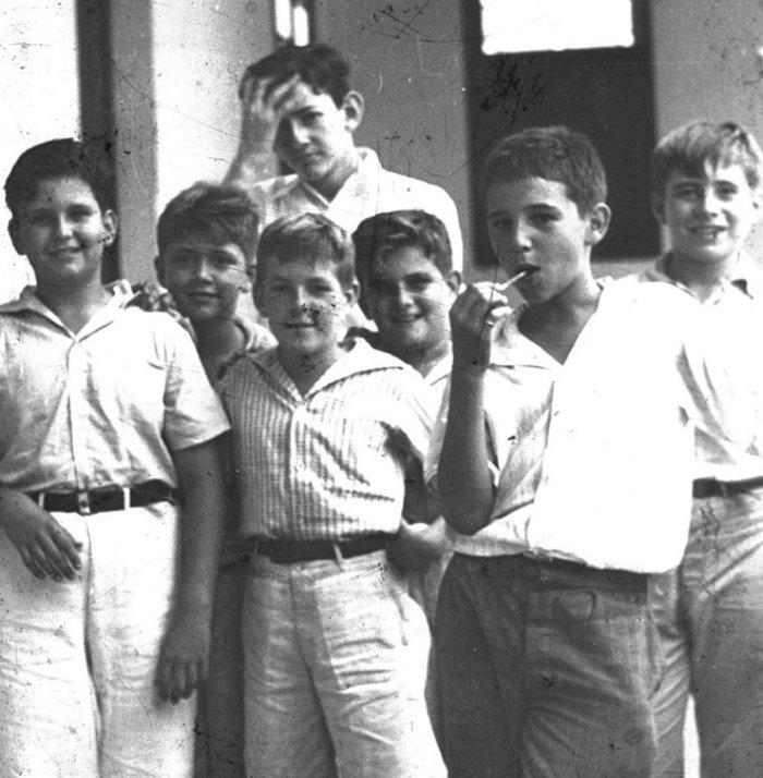 Команданте Фидель с друзьями. Куба. 1940 год Фидель Кастро, Фотография