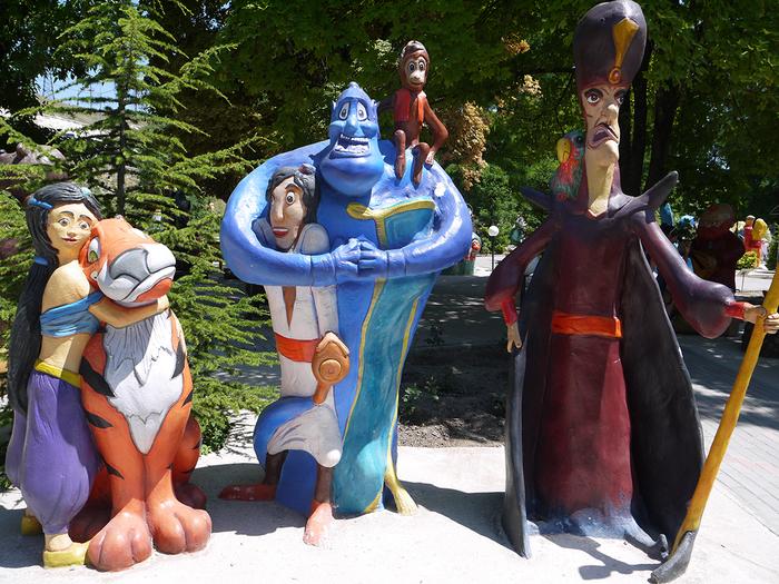 Арбск нчь, влшбн встк Парк миниатюр, Скульптура, Walt Disney Company, Аладдин, Вонни и друзья, Бахчисарай, Крым