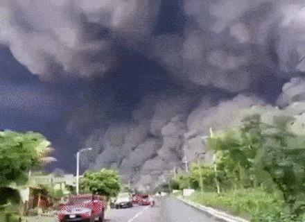 Нет, не съёмки кино. Извержение вулкана на Гватемале