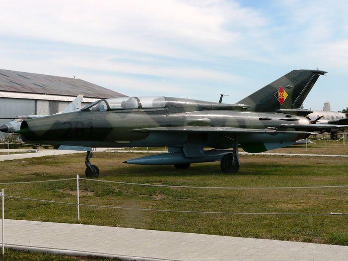 Миг-21УМ