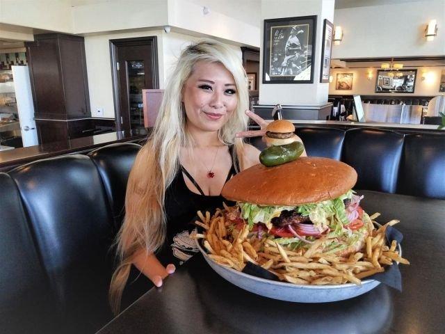 Съев этот бургер, вы заработаете 500 долларов Бургер, Заработок, Текст, Длиннопост