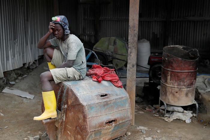 Нелегальная добыча золота в Конго. Конго, Длиннопост, Добыча золота, Золото