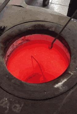 Свеженькое из духовки, все еще светится ярко-красным