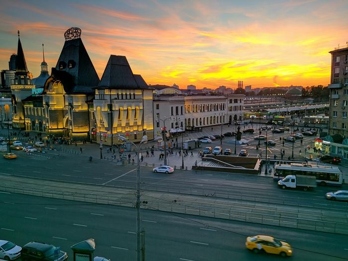Два заката в Москве. Закат, Битва закатов, Фото на тапок, Москва, Железная Дорога