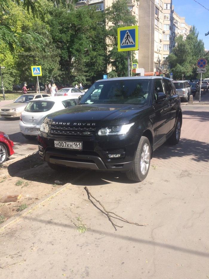 Ещё одна *ну я же ненадолго!* парковка, нарушитель, машина, Ростов-на-Дону