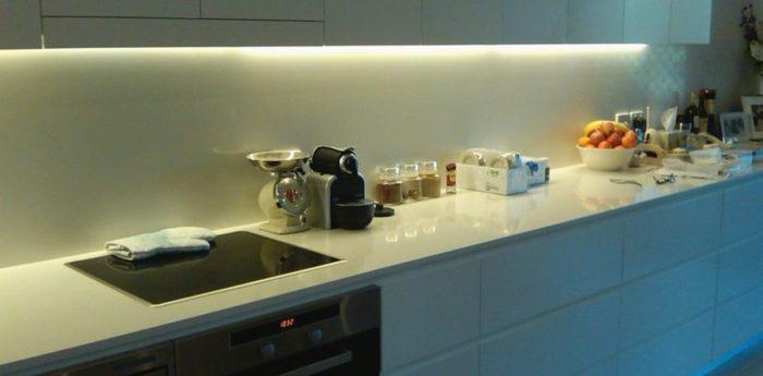 Подсветка на кухню. Часть первая: Магия бесконтактного включения. Сделай сам, Своими руками, Кухня, LED, Рукоделие с процессом, Длиннопост