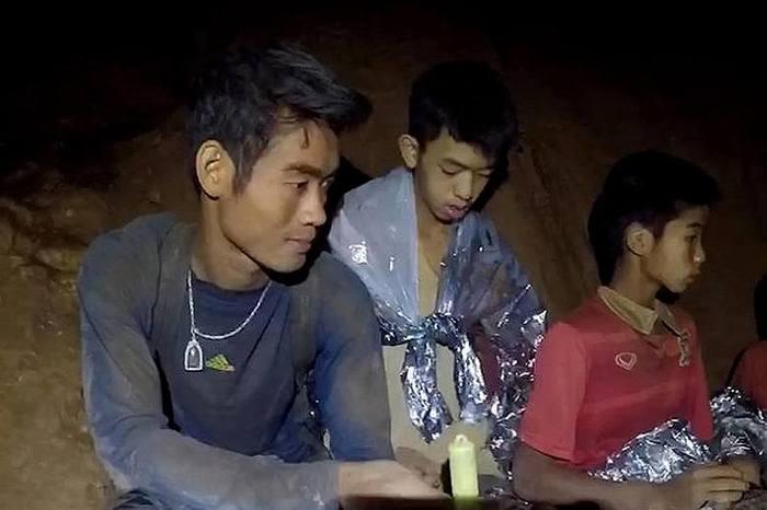 Тренер из таиландской пещеры Таиланд, Спасение детей в Таиланде, Тренер, Буддисты, Медитация, Длиннопост