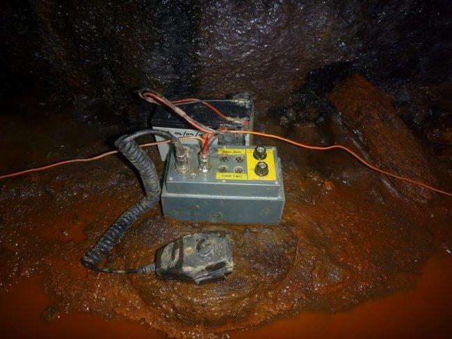 Наследие радиолюбителя помогало спасти тайских детей из затопленной пещеры. Таиланд, Спасатель, Радиолюбители, Подземное радио