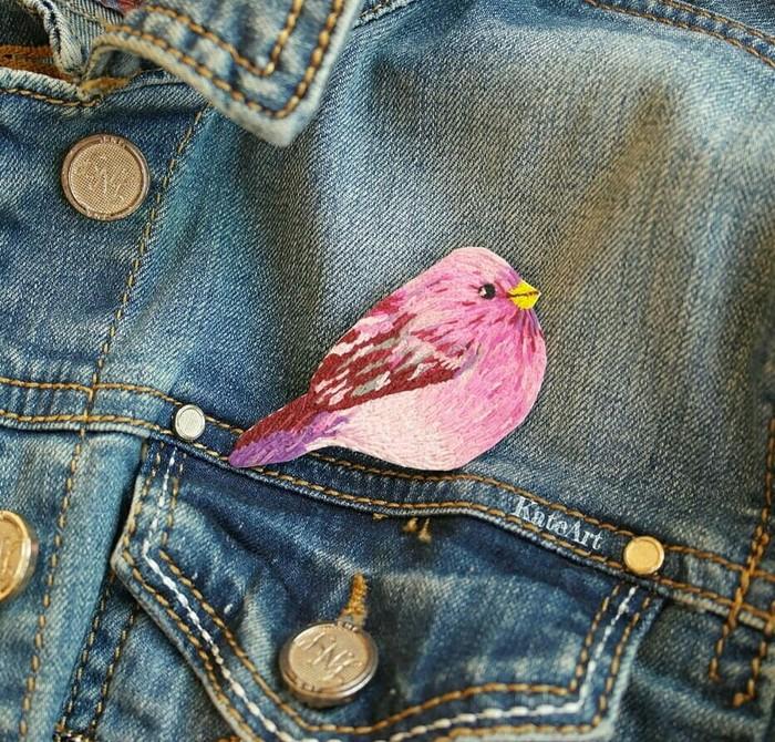 Полимерная вышивка Полимерная глина, Бантик, Певчая птичка, Вышивка, Вышивка гладью, Брошь