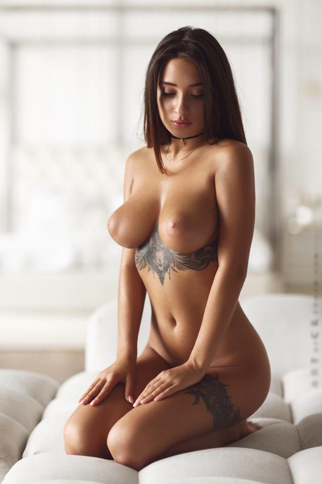 Кристина Щербинина Голая