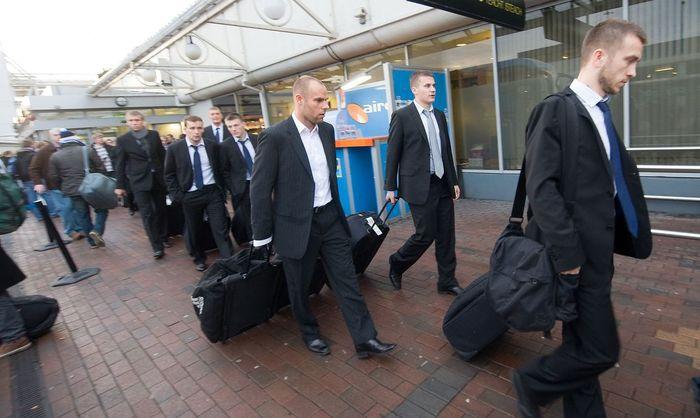 Сегодня в 18:00 сборная Эстонии прилетела на чемпионат мира по футболу