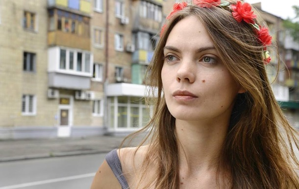 В Париже покончила с собой основательница Femen Femen, Активистки femen, Суицид, Феминизм, Негатив