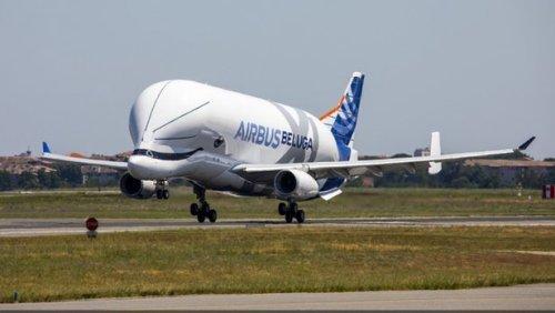 Первый полет Airbus BelugaXL Самолет, Airbus, Полет, Новинки, Самолетостроение, Новости, Длиннопост