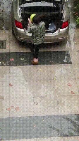 """""""Арбуз наносит ответный удар"""""""