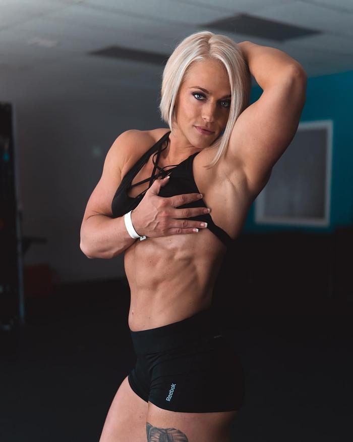 Частные девочки с большими сиськами фитнес