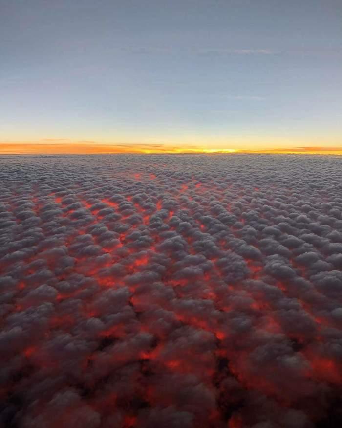 Высококучевые облака на закате