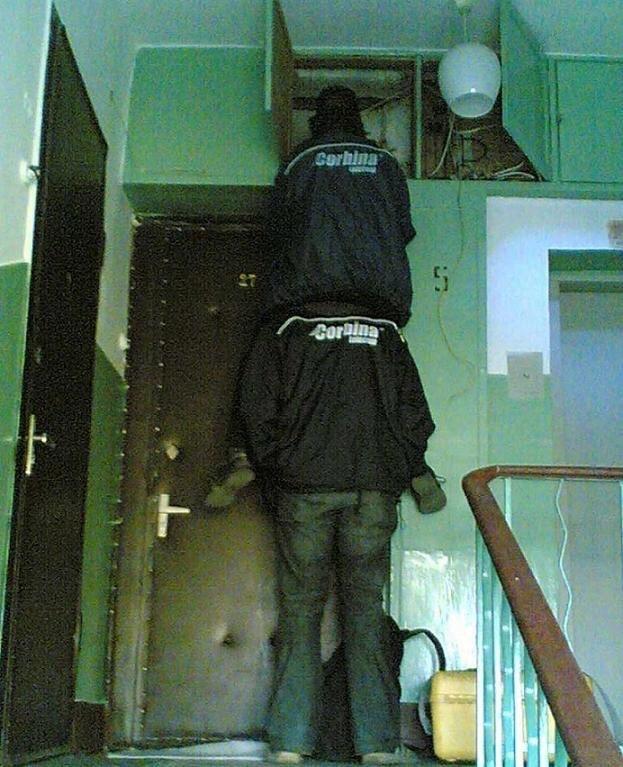 Чтобы лестницу не таскать