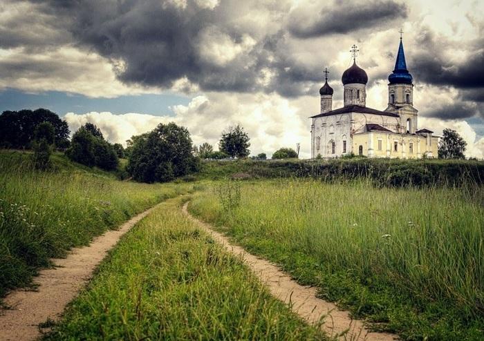 Путешествие на самодельном кемпере. Автопутешествие, Кемпер, Волга, Церковь, Старица, Храм, Длиннопост