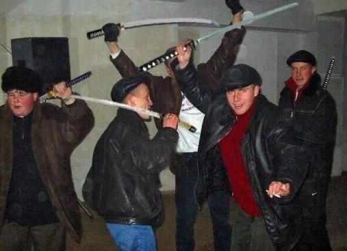 Битва ронинов Катана, Пацанские хокку