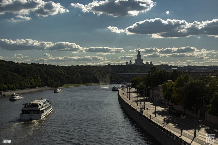 Мини смерч в Москве Square Sense, Смерч, Москва-Река, Москва