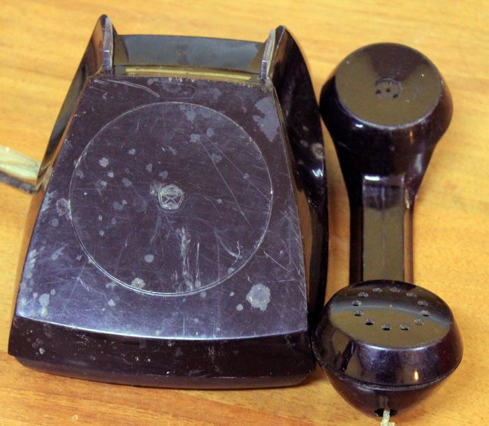 Немного о телефонах и времени. Телефон, 60-е, 90-е