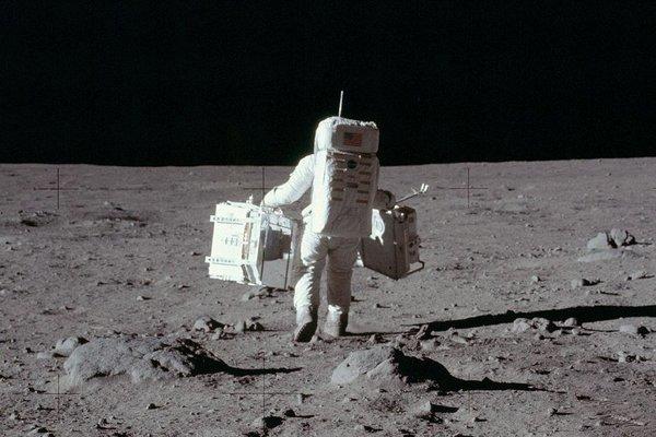 НАСА рассекретили несколько фотографий миссии Аполлон-11 Космос, Техника, США, Луна, Аполлон 11, Фотография, Архив, Интересное, Длиннопост