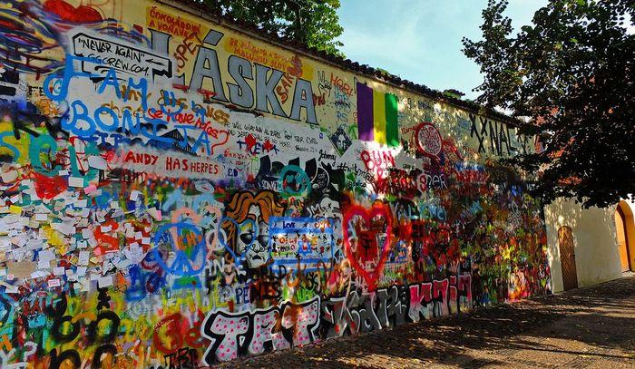 Стена Леннона Туризм, Европа, Прага, Достопримечательности, The beatles, Джон Леннон, Длиннопост