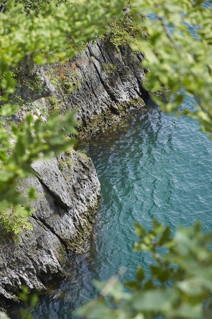 Вода озера Комо (Ломбардия, Италия) Озеро, Вода, Италия, Комо, Фотография, Длиннопост