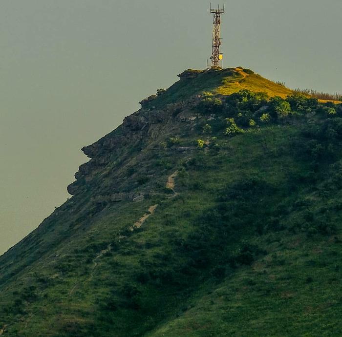Гора Пушкин тау в Избербаше, республика Дагестан. Присмотритесь!