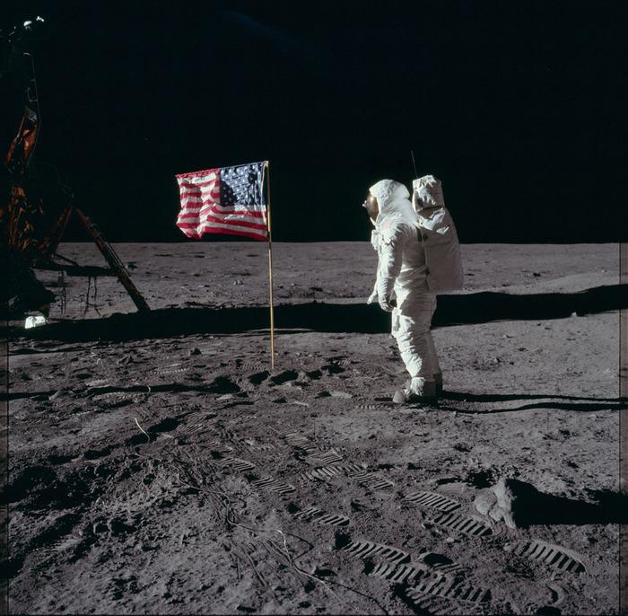living apollo astronauts - HD2048×2048