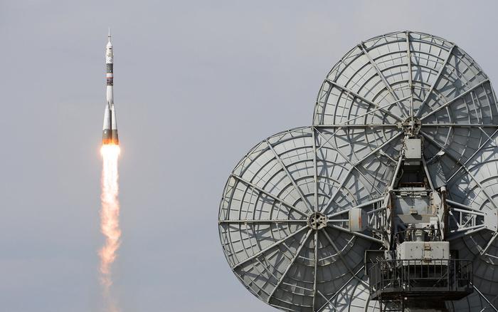 С утечкой воздуха на МКС справились с помощью пальца и скотча Происшествие, Космос, Орбита, МКС, Воздух, Скотч, Аварийная ситуация, Liferu, Длиннопост