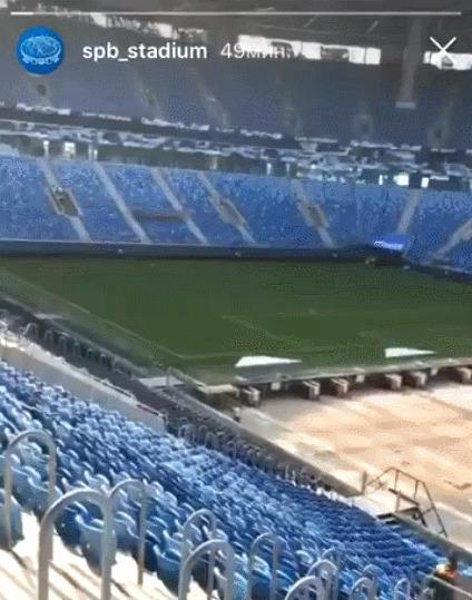 Как выкатывают поле стадиона Санкт-Петербург за пределы арены Спорт, Футбол, Стадион, Крестовский, Интересное, Выдвижное поле, Гифка