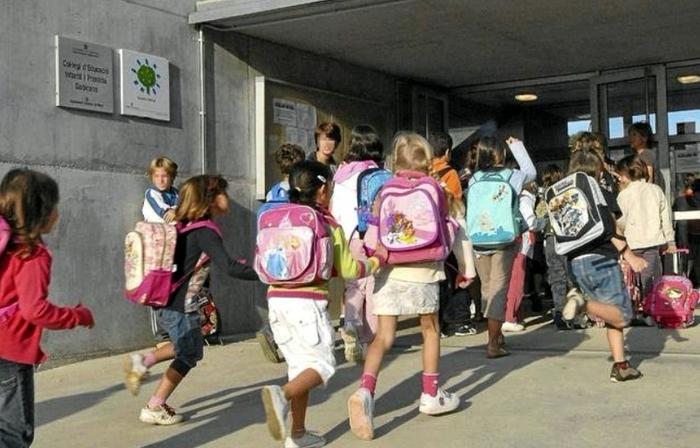 Сколько стоит отправить ребенка в испанскую школу? Страшилка для родителей... Испания, Заграница, Школа, Европа, Дети, Эмиграция, Запад, Длиннопост