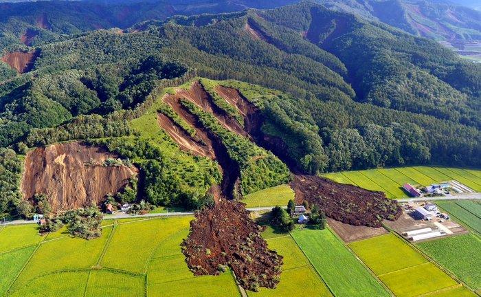 Пришла пора стряхнуть лишнее. Землетрясение, Оползень, Длиннопост, Япония