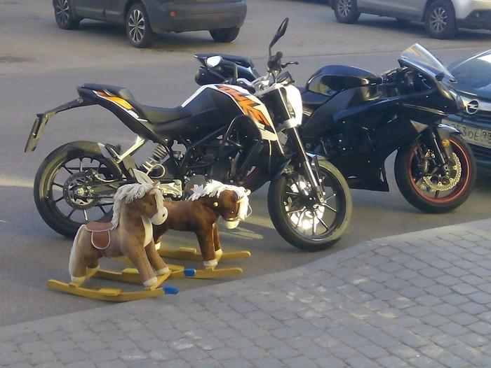 Выхожу я как-то на работу... Мотоциклы, Игрушки