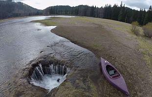 Озеро, исчезающее каждое лето. The National Geographic, Озеро, Пропало, Интересно узнать
