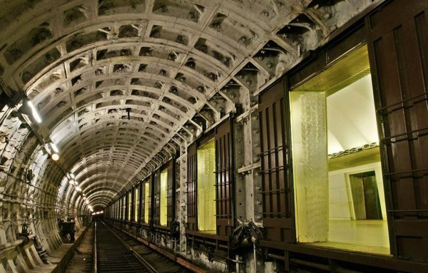 """Why in the Leningrad subway built stations with doors on the platform? stations, stations, cheaper, gated, only, Leningrad, doors, doors, Petersburg, """"double, time, station, such, doors"""", trains, station, deep, which, First, football"""