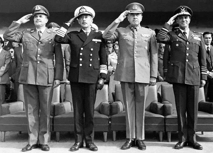 День стервятников История, Латинская Америка, Чили, ВВС, Авиация, Длиннопост