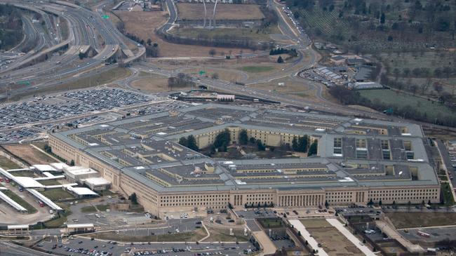 В Пентагоне отреагировали на заявления об экспериментах США над людьми в Грузии Политика, США, Пентагон, Биологическое оружие, Грузия, Tvzvezdaru